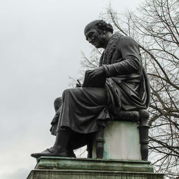 Heilpraktiker Dr. Hahnemann, Denkmal in Leipzig